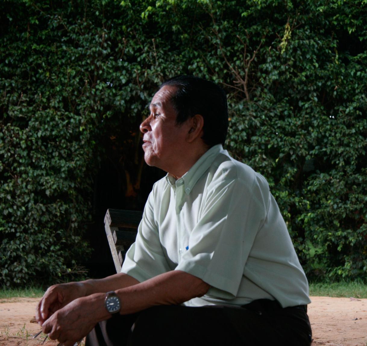 Pablo Amaringo at Usko Ayar, Pucallpa, Peru. April 2007